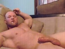 bald bodybuilders cums unto his own face 0642 3