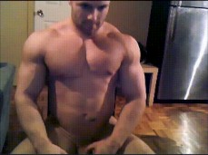 Hot Bodybuilder - check out those big muscles - 0939 3