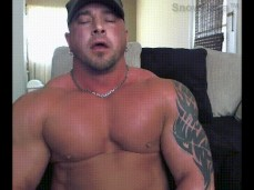 Straight Bodybuilder on cam 1725 10